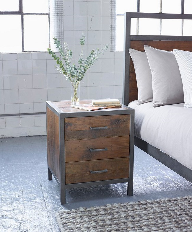 Industrial Style Solid Wood Square Storage Trunk 5 Drawer: Industrial Style Bedroom Furniture