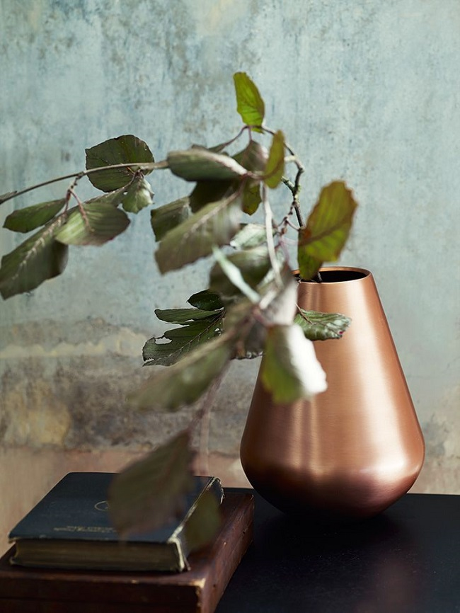 copper living room, large vase