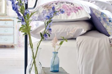 fabulously flirty beautiful floral bedding featured image